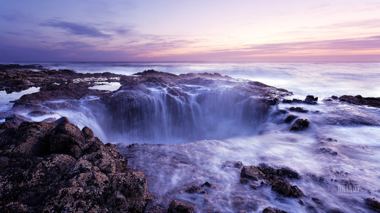 """Thor's Well is also known as the """"drainpipe of the Pacific"""" and some call it """"Gaping Hole""""."""