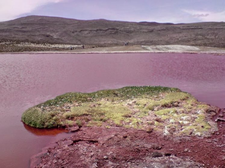 The disappearance of thousands of Aymaras is also attributed to this lake because they drank from it's waters.
