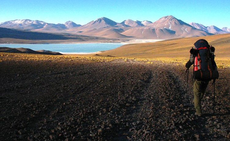 Laguna Verde is close to the Chilean border, at the foot of the volcano Licancabur.