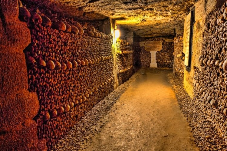 About 200 miles of labyrinthine tunnels are believed to exist. Despite the vast length of the tunneled, underground world, only a small section of it is open to the public.