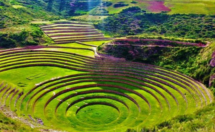 The scared valley, running generally west to east, is understood to include everything along the Urubamba River between the town and Inca ruins.