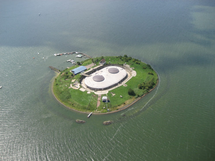 The Fort Pampus, situated outside Amsterdam in the municipality of Muiden. Pampus is an artificial Island, part of Defence Line of Amsterdam belongs to the municipality of Gooise Meren.