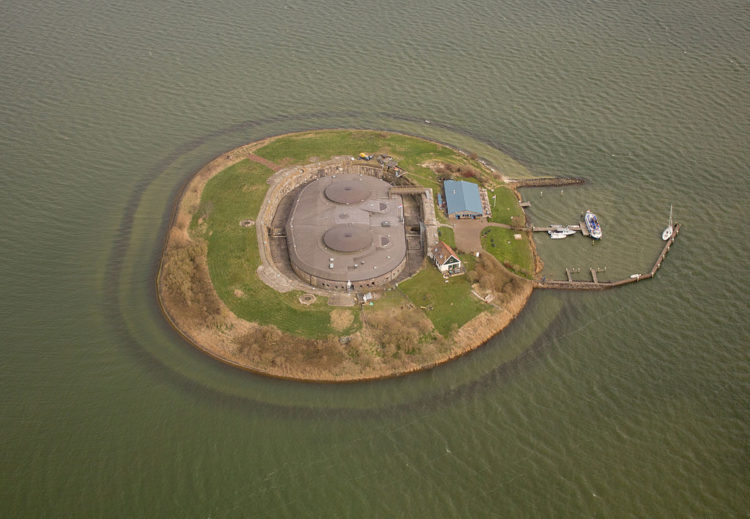 In 1996 UNESCO designated the entire Defence Line with its 42 forts a World Heritage Site.