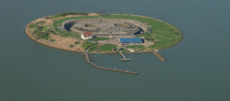 It took the Dutch eight years and ƒ 800,000 to construct the fort. The oval shape fort built of bricks and concrete.