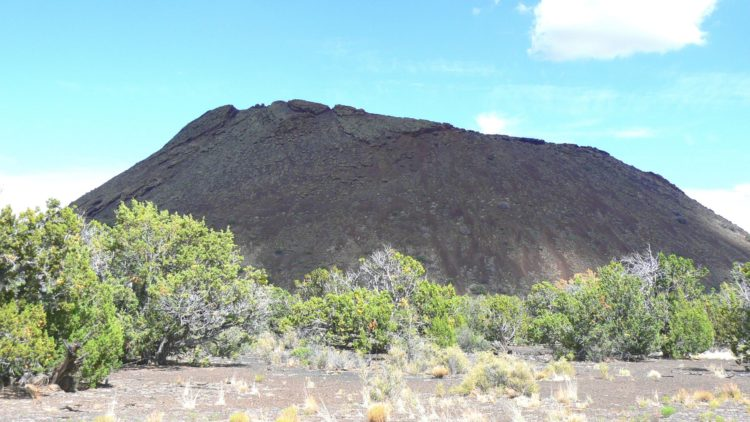 Trail To Strawberry Crater
