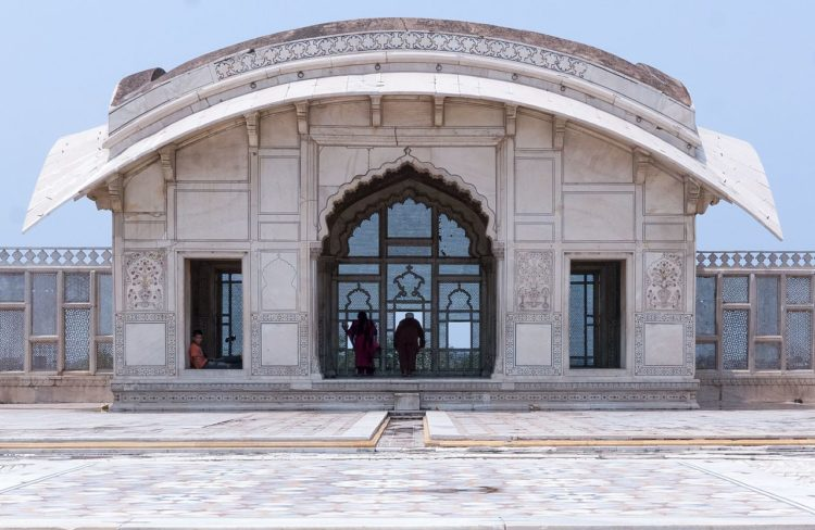 The marble Naulakha Pavilion is one of the most iconic sights at the fort.