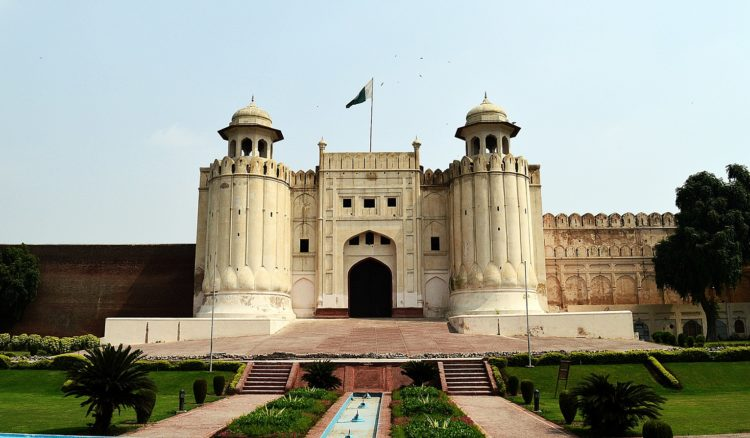 The Lahore fort has an appealing 'abandoned' atmosphere and a wonderful place to simply wander around to start attraction of the old city.