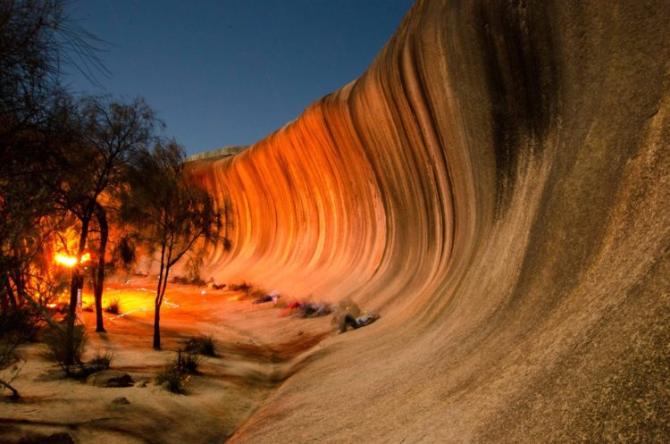 Wave Rock is a strange natural rock formation located east of the small town of Hyden in Western Australia.
