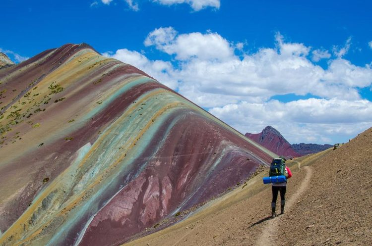 Rainbow Mountain Peru turned out not to be the beautiful natural wonder that you see on the tourism posters in Cusco.