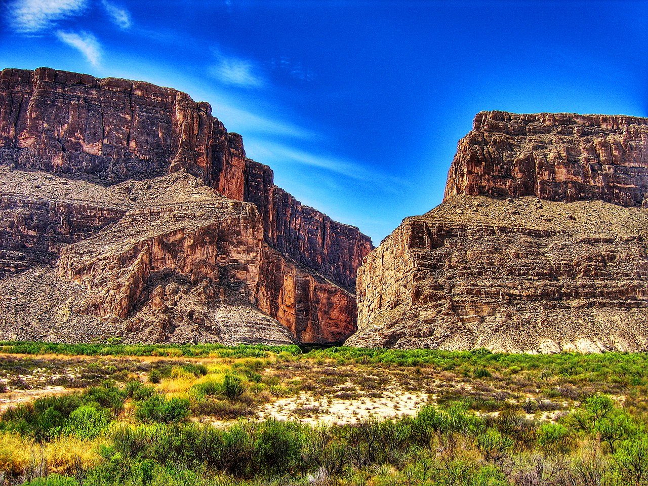 Santa Elena Canyon is majestic, towering canyon walls are much taller than in Colorado Canyon upriver a few miles.