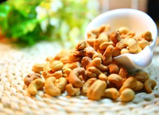 The creamy, crispy and crunchy cashew nuts are cherished for their succulent flavor. They are eaten as a snack, roasted, salted, and sugared.
