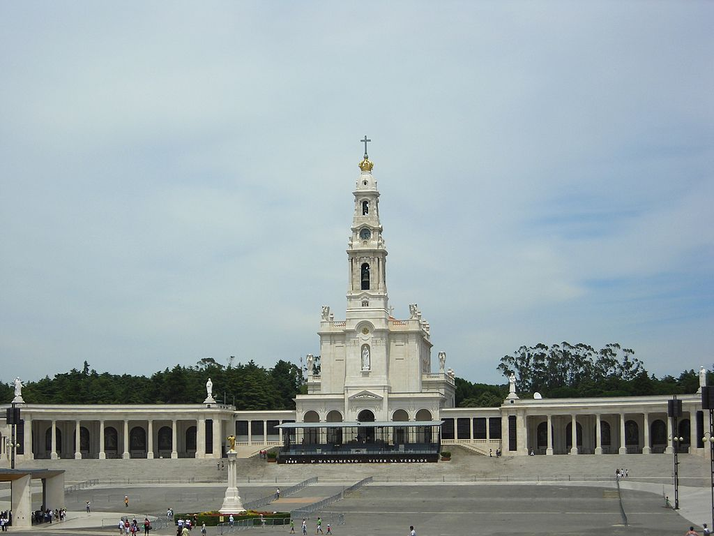 A very interesting history of Fatima Shrines in Portugal. As World War I was devastating Europe, three illiterate children in a poor village