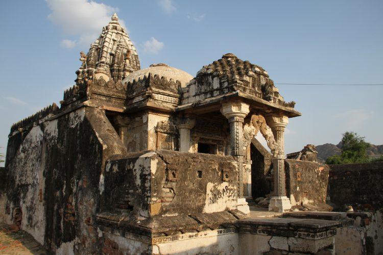The Nagarparkar Bazaar temple